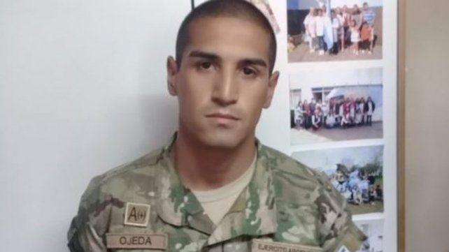 Un hombre fue detenido disfrazado de soldado en una escuela de Escobar.