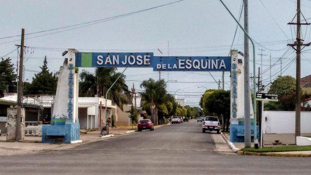 Pórtico de ingreso a San José de la Esquina