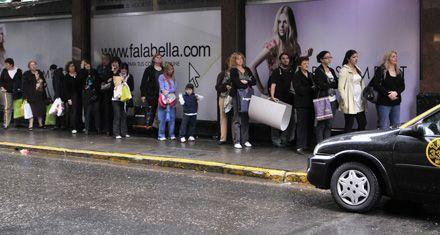 Faltan unos 800 choferes para cubrir todos los turnos del servicio de taxis