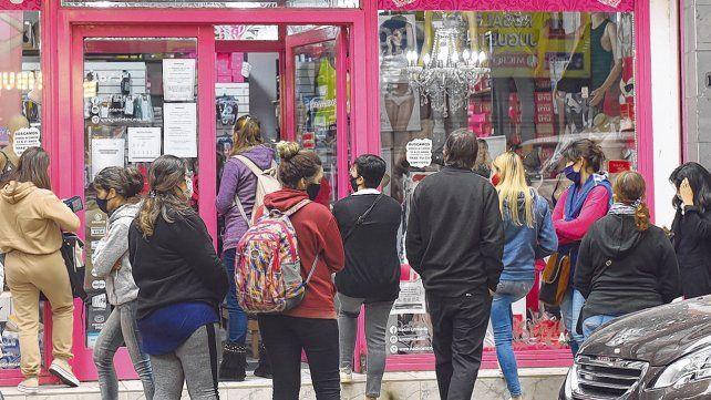Los comerciantes rosarinos proponen un regreso gradual en el marco de la crisis que desató el coronavirus.