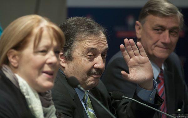 Aliados. Ricardo Alfonsín intentará convencer a Stolbizer y Binner de tratar hacer rodar la cabeza de Domínguez.