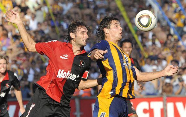 Los clásicos entre Central y Newells se jugarán en enero en Rosario