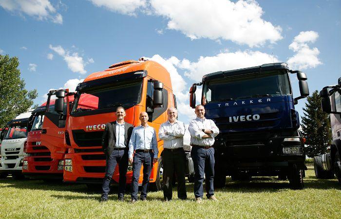 De acá. Directivos de CNH Industrial presentaron los nuevos camiones.