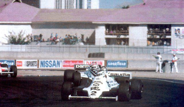 Nelson Piquet está a punto de darle caza a Reutemann en Las Vegas, su día más triste.