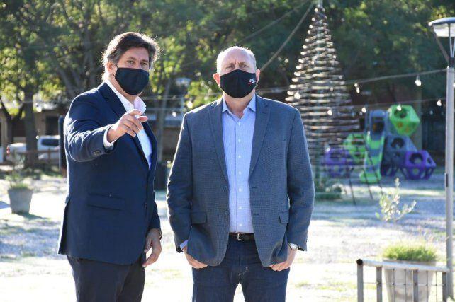 Intendente y gobernador. Roly Santacroce y Omar Perotti.
