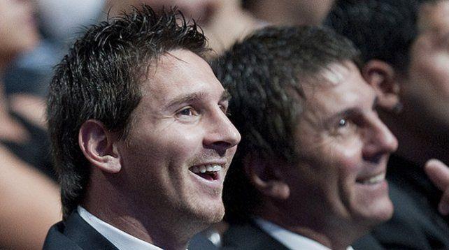 Leo y Jorge Messi buscan una rápida salida de Barcelona
