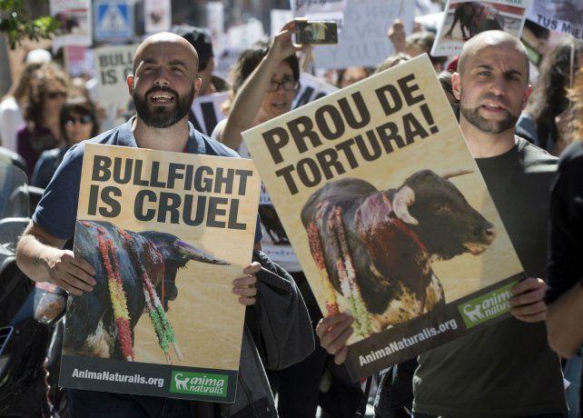 Con carteles en la Puerta del Sol.
