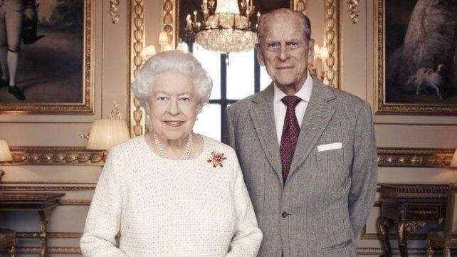 El Reino Unido empieza a vacunar y la reina Isabel será una de las primeras