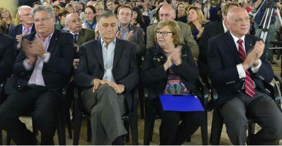 El diputado Hermes Binner compartió con el gobernador Antonio Bonfatti el acto inicial de la nueva Asamblea Ciudadana en la ciudad de Esperanza.