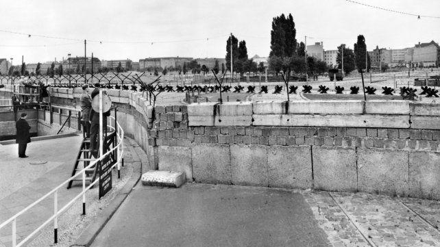 El Muro de Berlín separó la antigua República Democrática Alemana (RDA) de la República Federal Alemana (RFA).