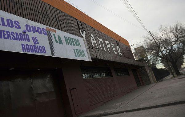 El lugar. La disco Yamper está en Ovidio Lagos al 4500. El policía Jorge Currie hacía adicionales dentro del local.