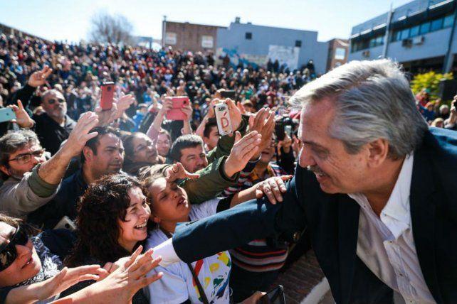 Convocatoria. Alberto Fernández en el acto de Río Cuarto.