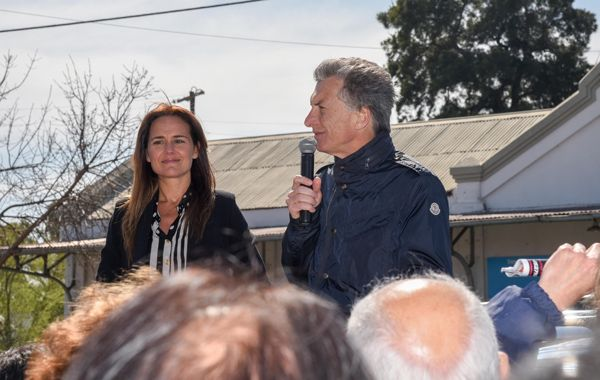 La candidata a diputada nacional en un acto junto a Mauricio Macri.