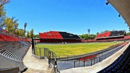 El Newells del Mono Burgos jugará ante Palestino en el Coloso del Parque.