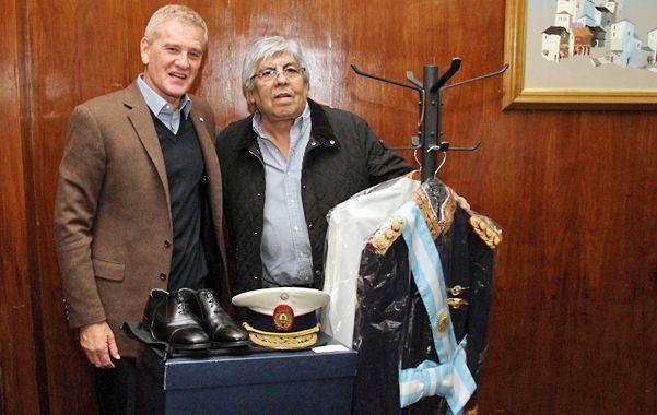 El acuerdo entre De Narváez y Moyano ofrece evidencias de extrema fragilidad.