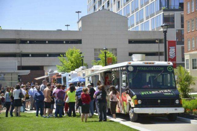 Los Food Trucks son vehículos que ofrecen una propuesta gastronómica en la vía pública.