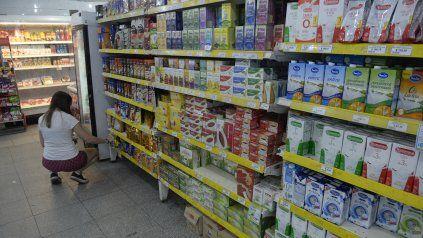 Pequeños y medianos supermercados de Rosario comenzaron a registrar algunas bajas en los precios.