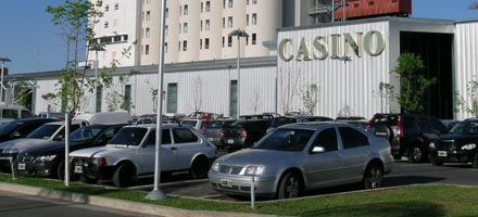 En Santa Fe, los empleados públicos se escapan del trabajo al casino