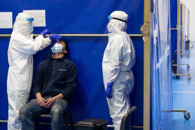Rosario registró 5 muertes por coronavirus y la provincia superó las 4.000 víctimas fatales