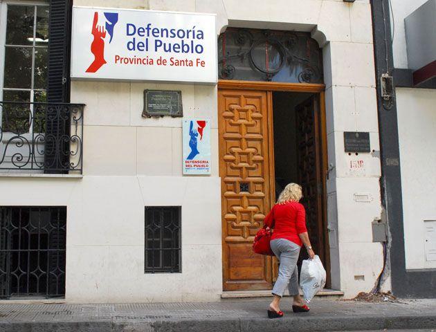 Defensoría del Pueblo advierte por intimaciones de deudas truchas