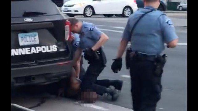 Brutalidad policial y racismo: encontraron culpable al oficial que mató a George Floyd en Minnesota