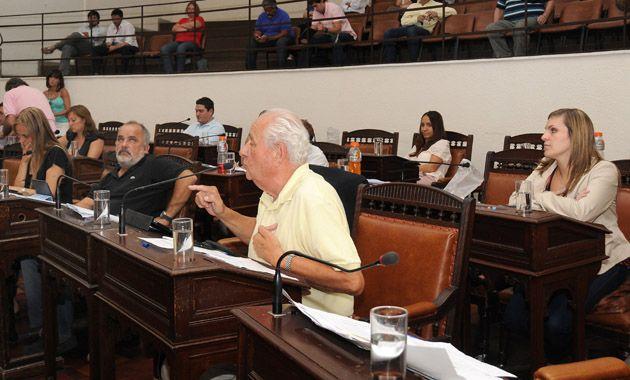 Cavallero en la sesión de diciembre en la que el Concejo aprobó el presupuesto 2014. (Foto: V. Benedetto)