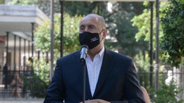El gobernador Perotti fue dado de alta tras la operación por una hernia inguinal