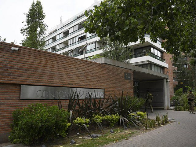 El ex policía Makhat ocupaba un departamento que era de Alvarado en el complejo Condominios del Alto.