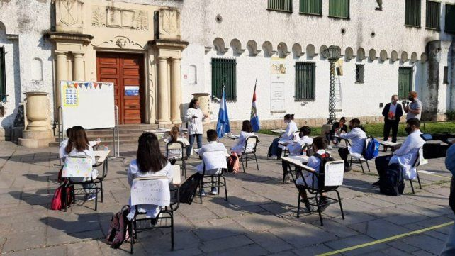 El ciclo lectivo en las escuelas públicas comenzó después de un paro de 48 horas.