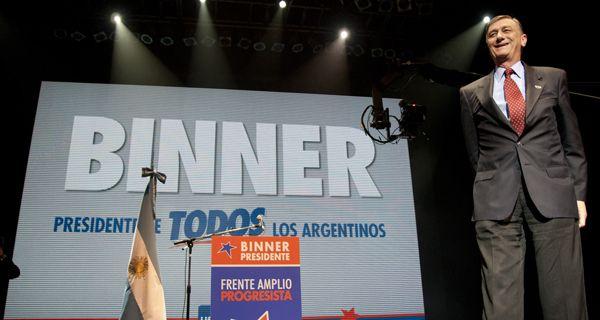 La prensa española ubica a Binner con un pie en el segundo puesto en los comicios