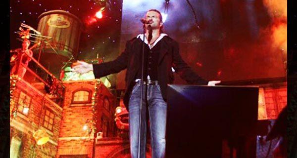 Ricardo Arjona toca esta noche en Newells para presentar su nuevo disco