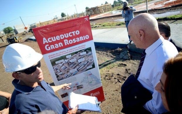 El gobernador Antonio Bonfatti recorrió hoy las obras del Acueducto Gran Rosario