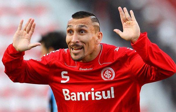 El jugador del Inter dijo ayer que sería muy bueno volver a Newells tanto para él como para su familia.