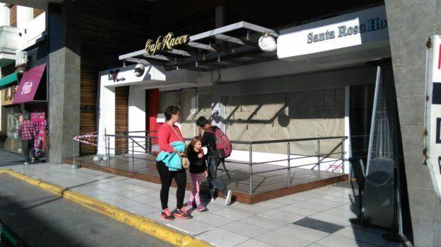 El Indio Solari prestó declaración testimonial en un hotel por el trágico recital de Olavarría