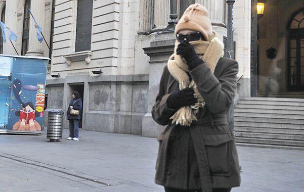 Frío polar. Las bajas temperaturas se acentuaron a horas del invierno.