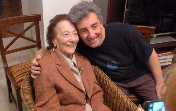 La abuela Tenchi... todo felicidad. Gracias!