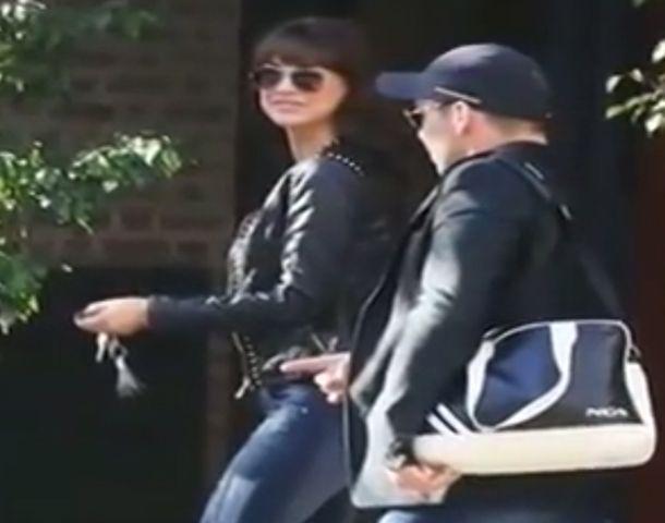 En Intrusos mostraron las primeras fotos de Andrea y Sergio saliendo de un edificio.