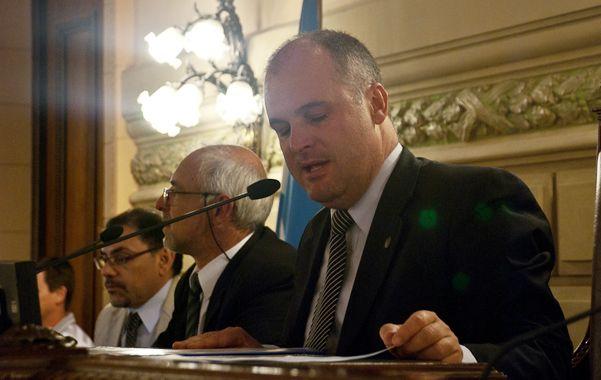 Acuerdo. El vicegobernador Jorge Henn desempató y votó a favor de cambios en el impuesto a los ingresos brutos.