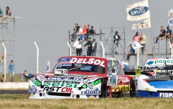 El Ford de Gianini mostró un gran rendimiento en Paraná. (Foto: Télam)