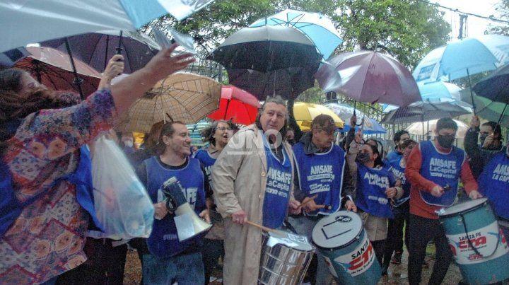 Este miércoles los docentes marchan al Ministerio de Educación y paran por 48 horas