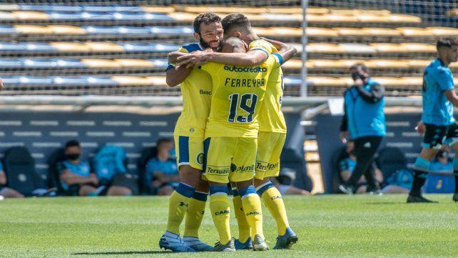Ferreyra anotó el primer gol ante Belgrano.
