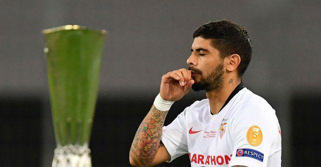 Banega se despidió de Sevilla siendo campeón de la Liga de Europa