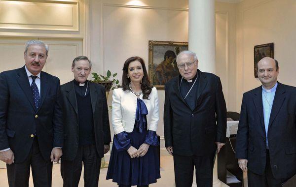 La presidenta recibió en Olivos a la cúpula de la Iglesia. el encuentro duró una hora.