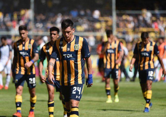 Central mostró una floja versión y cerró la Superliga con una dolorosa caída