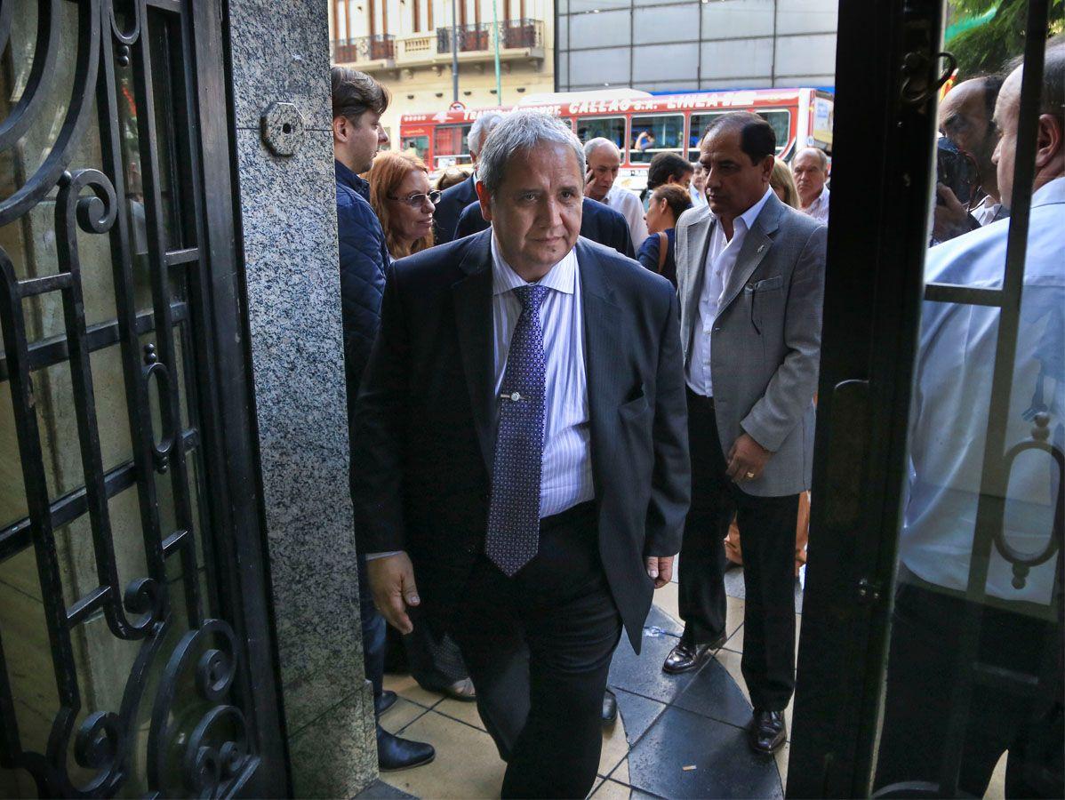 crítico. Palazzo también reclamo por paritarias libres y por Ganancias. (NA)