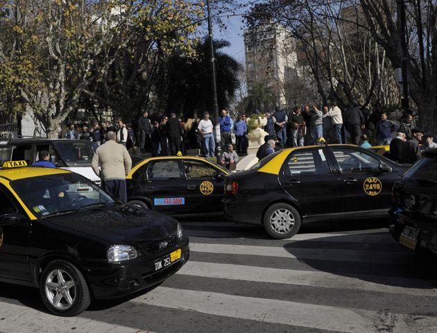 Hace pocos días un grupo de 200 taxistas habían presentado una medida cautelar.