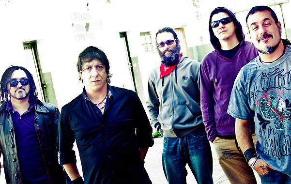 Equipo. La banda de Quilmes editó su noveno trabajo discográfico en sus dos décadas de carrera.