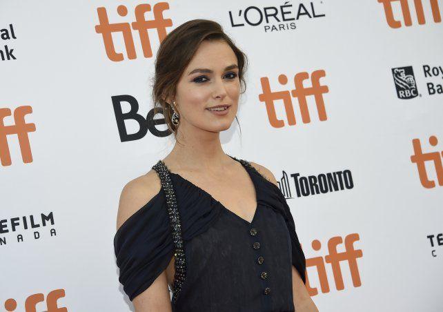 """Keira Knightley, protagonista de la saga """"Piratas del Caribe"""", declaró que no volverá a rodar escenas de sexo en películas dirigidas por hombres."""