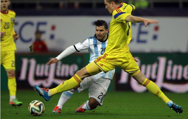 El Kun Agüero tuvo una de las mejores ocasiones de abrir el marcador en el primer tiempo.