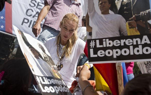 Firmeza. Lilian Tintori durante una de las muchas manifestaciones que lideró por la liberación de su esposo.